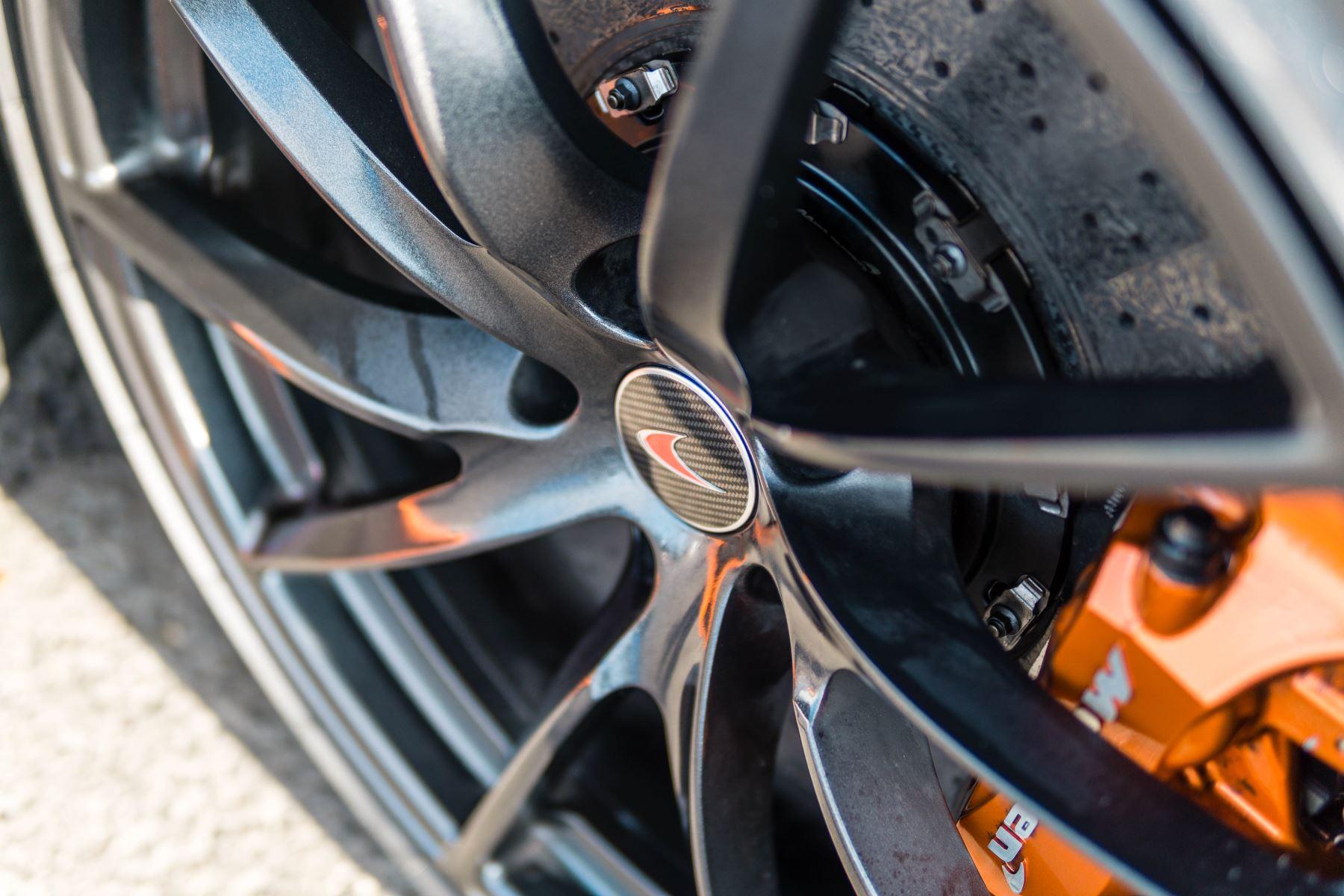 McLaren 720S V8 2dr SSG PERFORMANCE image 23